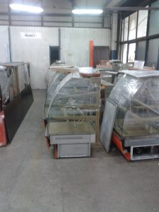 Transport lodówek przemysłowych